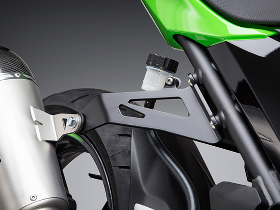 KAWASAKI Z400SILENCER BRACKET SET